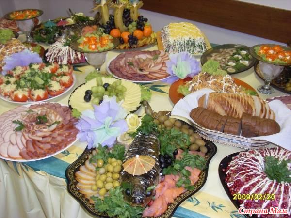 Советский праздничный стол
