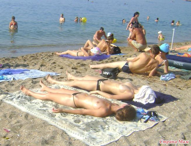 Фото голая беременная девушка на нудистком пляже 22 фотография