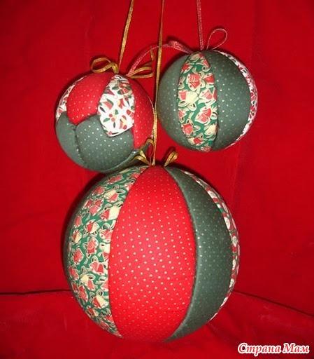 Елочные шары из пенопластовых шаров
