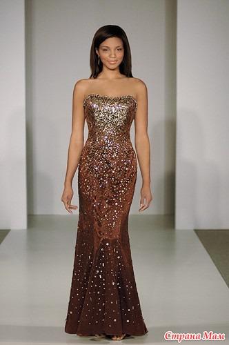 Самые красивые платья звезд золотой