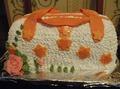 Вот хочу показать вам еще несколько тортиков.  Так же все тортики бисквитные, со сметанным кремом и украшены сливками.