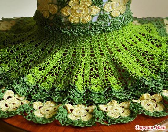Уникальное вязаное цветочное платье для девочки.1