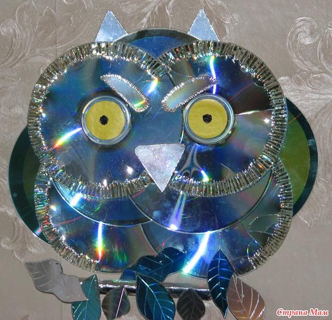 Новогодняя игрушка из дисков сова