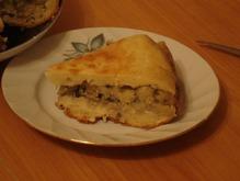 Пирог с картошкой и грибами в мультиварке