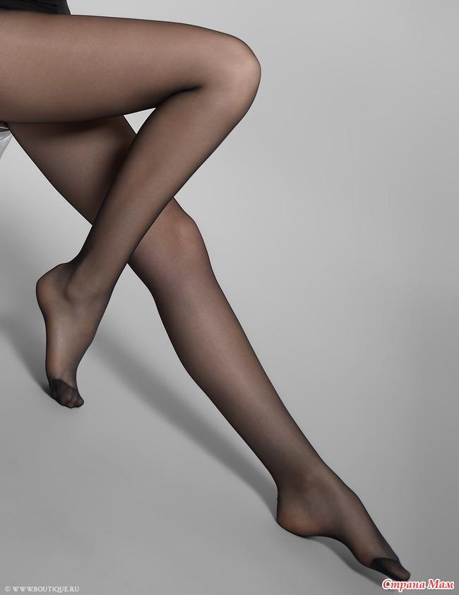 капроновые чулки и колготки на ногах
