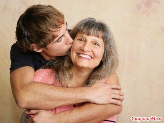 Мамочка учит сынам любовным утехам фото 507-425