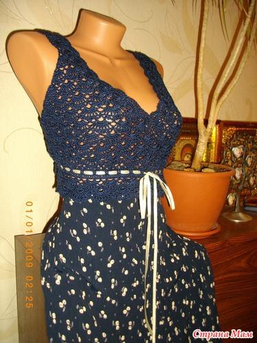 Как связать крючком платье с тканью