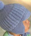 """Эта шапочка для малыша спицами для начинающих вязальщиц ... .  На фото представлена модель шапочки с  """"ушками """", которая."""