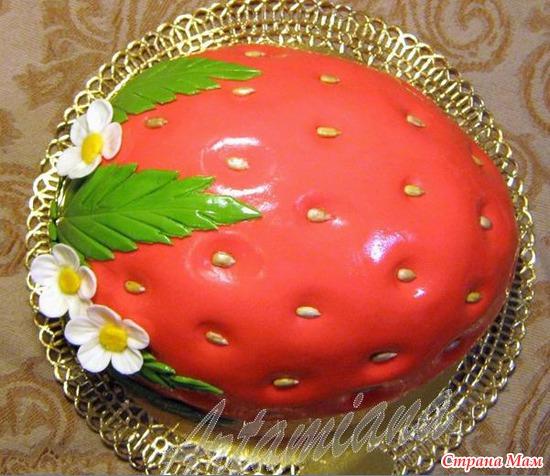 Торта в форме клубнички фото
