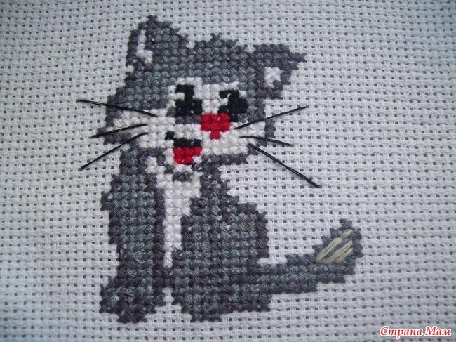 Фото вышивки крестиком кошек