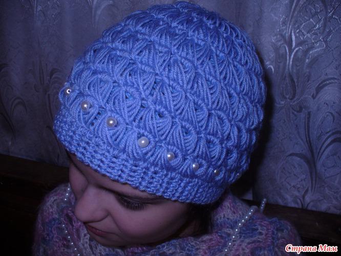 Связать женскую шапочку видео