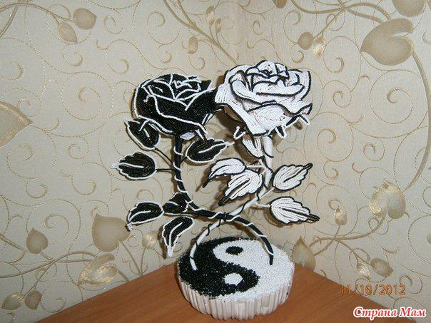 Теги: розы из бисера,