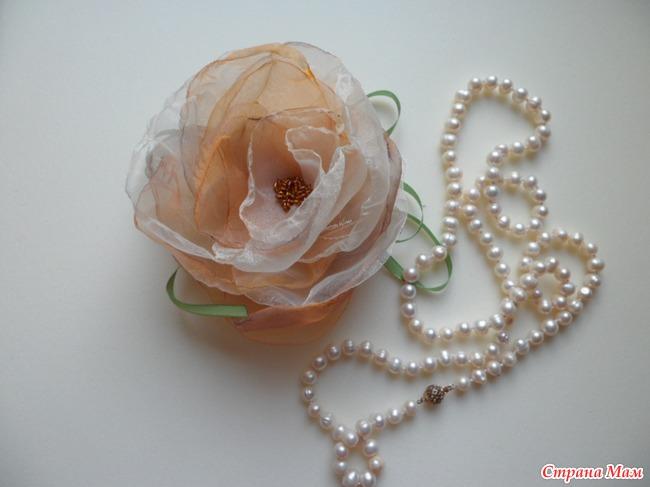 Цветок из органзы мк
