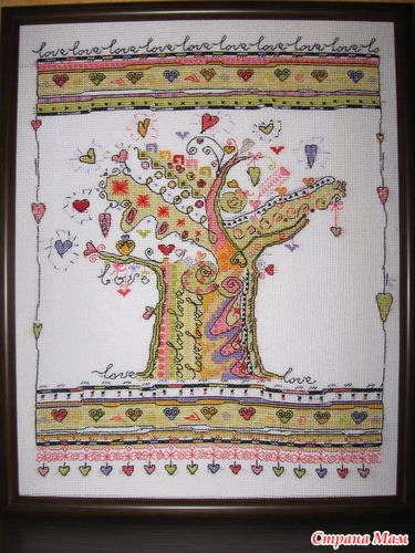 """Это  """"сердечное дерево """" Натальи Млодецкой.  Когда увидела в первый раз - влюбилась и в скором времени вышила."""
