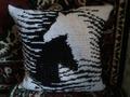 Подушка с лошадьми.
