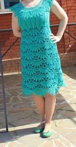 Изумрудные платья крючок