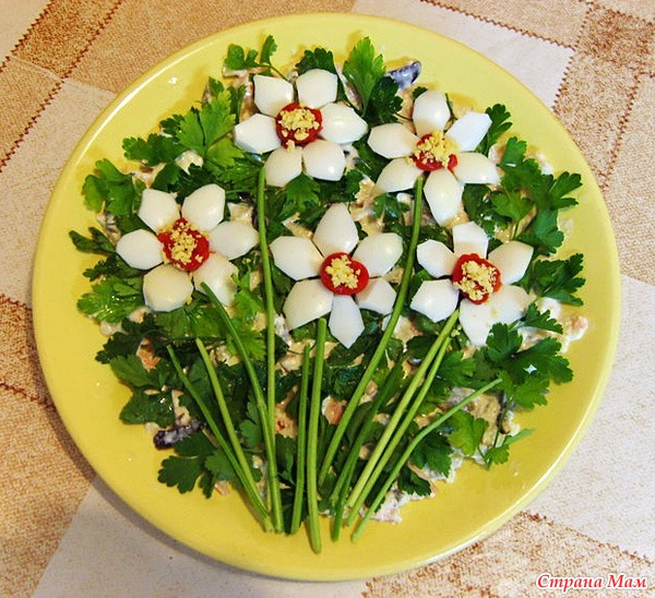 Как просто украсить салат фото