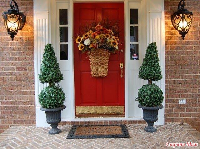 красивое оформление входной двери