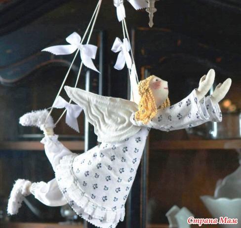 Ангел из своими руками на рождество из ткани