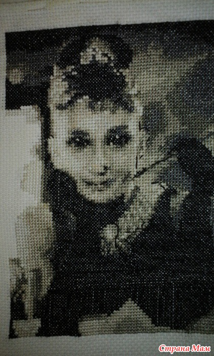 Вышивка Одри Хепберн - Вышивка