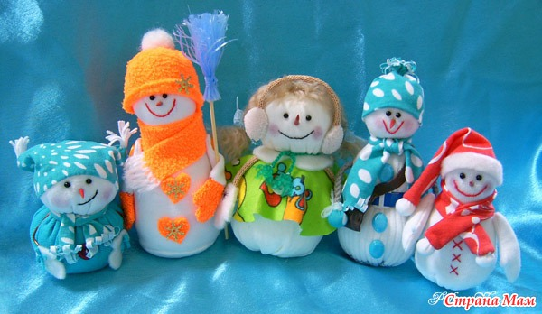 Снеговик из подручных материалов своими руками фото