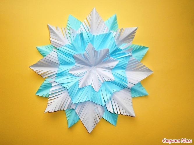 Смотреть видео снежинка из бумаги своими руками