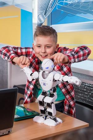 Насколько важно профессиональное компьютерное образование для детей?