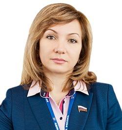 Видеоинтервью с депутатом Государственной Думы Л. Н. Тутовой. Первый блок: Особенные дети