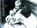 Андрей на руках у прабабушки