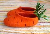Морковные тапочки для маленького зайчишки:)
