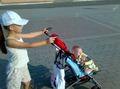 гуляем с дочками