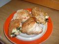 куриный рулетик с сыром и зеленью в панировке