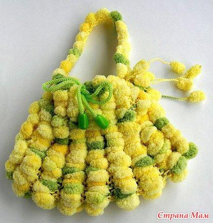 мастер класс по сумочке из помпонной пряжи вязание для детей