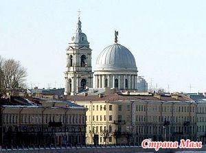 У нас в Петербурге храм обокрали...