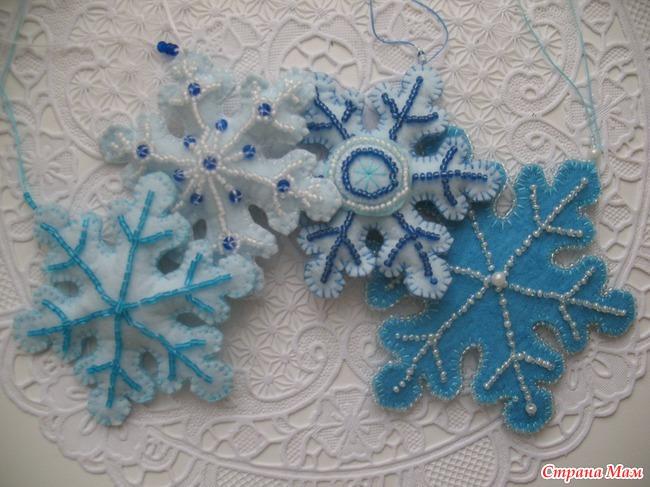 Картинки, открытка с вышивкой из бисера снежинка