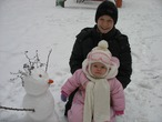 Сынок, дочка и кучерявый снеговик