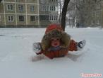 """снежный """"заплыв"""", до дома ещё далеко?"""
