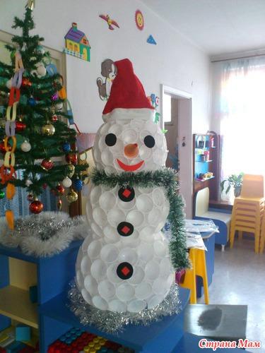 Снеговик из стаканчиков своими руками пошаговое фото фото 664
