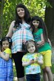 Мои три принцессы и королевишна в пузяке)))