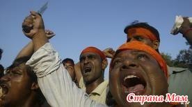 В Индии индуисты избили христианина.