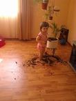 Помогаю бабушке... ))))))))))