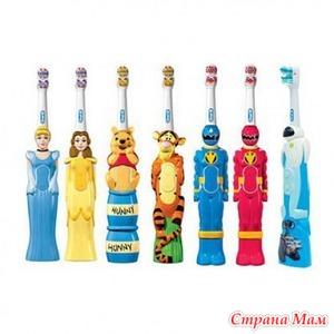 Выбор современных зубных щеток детям