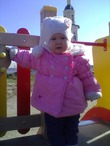 Дарьюшка на детской площадке!