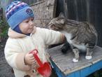 Вместе  весело гулять))без кота мы никуда!!!