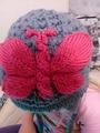 зимняя шапка с Бабочкой