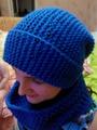 Васильковая шапка-бини
