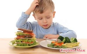 От каких продуктов стоит отказаться в питании малышей?