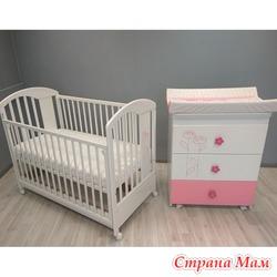Комплект кроватка + комод Bambino Lilly