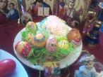 а это чашка яиц руками внука создана и вместе мы поем Христос Воскресе!