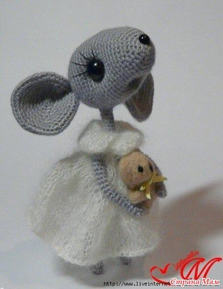 помогите пожалуйста найти полное описание мышки крючком игрушки